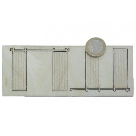 2 portes en bois ouvertes sur glissière (-HO-)