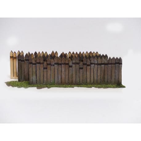 Clôture haute en traverses bois (-N-)