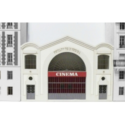 CINEMA L'ARSENAL IMMEUBLE POUR FOND DE DECOR
