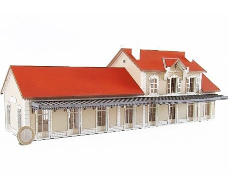 Bâtiment Voyageurs du PLM Cercy la Tour