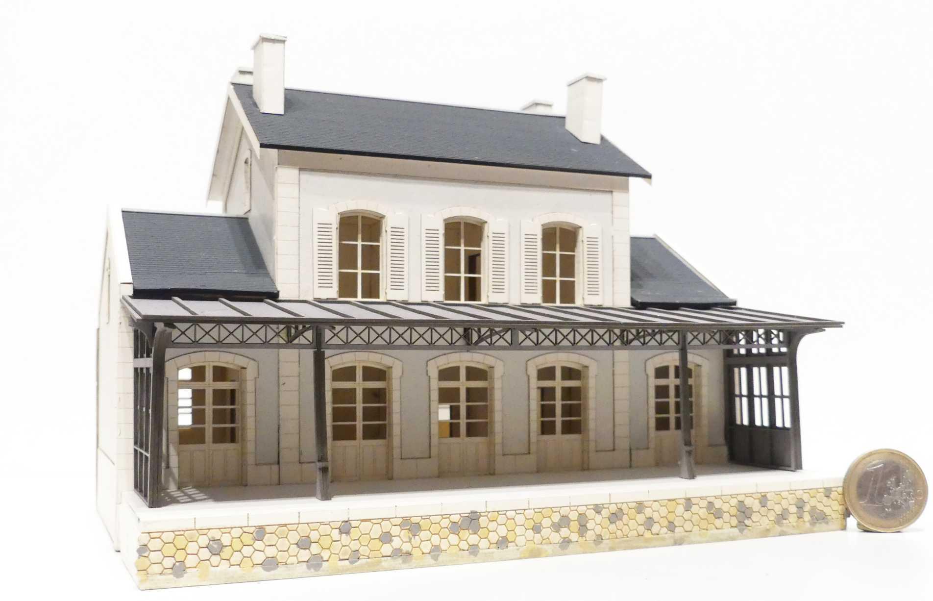 gare de Laroquebrou